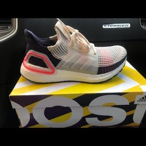 Adidas Ultra Boost size 6.1/2 asking for $90